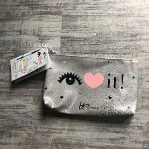 NWT cosmetic bag